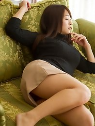 Luxurious and horny Japanese av idol Marina Shiraishi takes her amazing body to show